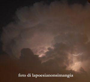 dentro la tempesta