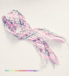 fili colorati intrecciati pace